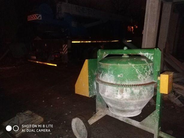 Оренда прокат бетономішалки бетономішалка бетонозмішувач