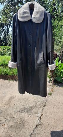 Пальто кожаное с норкой