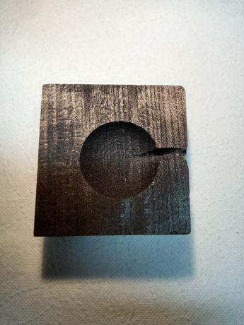 Tygiel z węgla drzewnego do topienia złota srebra metali kolorowych