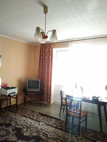 Продам 1 комнатную квартиру в Калининском районе