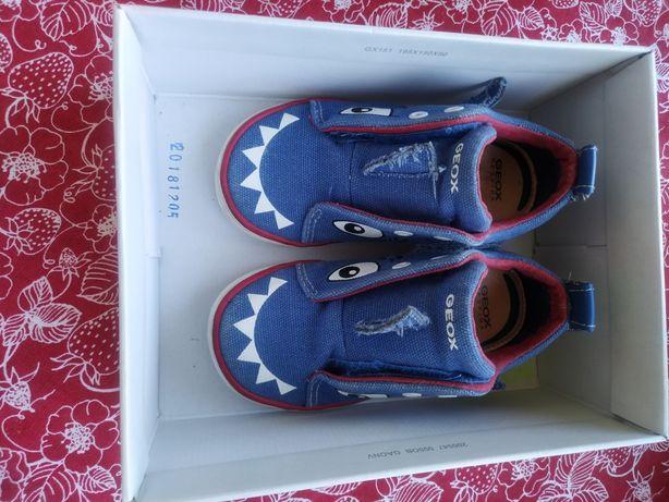 Geox kilwi 23 buty dziecięce dla chłopca niebieskie rekiny