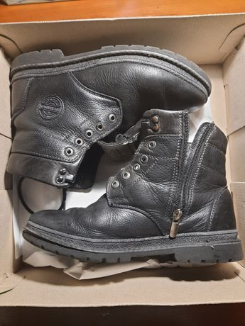 Шкіряні черевики 38р в хорошому стані