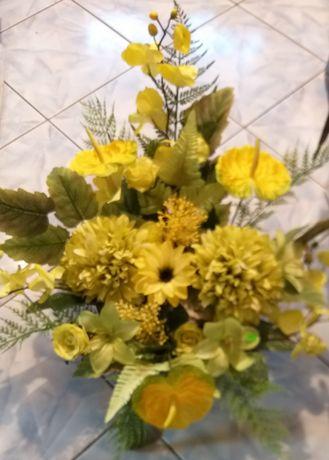 Kompozycje z kwiatów sztucznych wiązanki