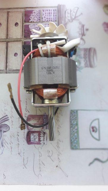 Мотор мясорубки Moulinex.U7030E-0002,KC7035-2000.Код SS-193347и другие