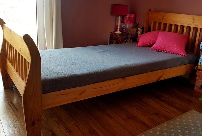 Łóżko drewniane USA + biurko drewniane sosna