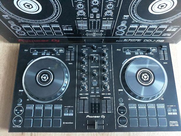 Sprzęt DJ konsola,głośniki,oświetlenie