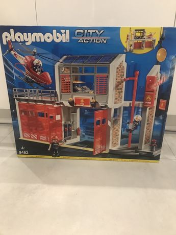 Ogromna remiza Playmobil 9462