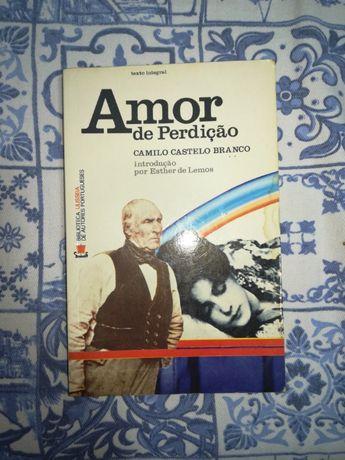 """Livro """"Amor de perdição"""" de Camilo Castelo Branco"""