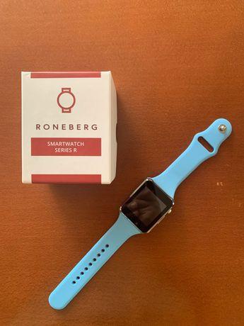 Niebieski Smartwatch