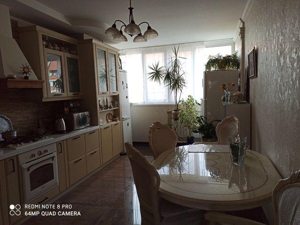 Шикарная, раздельные комнаты, теплосчетчик на квартиру, Изумрудный