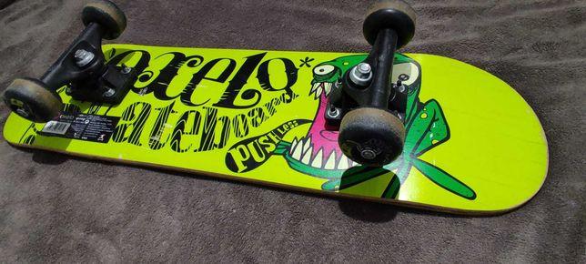 Skate Oxelo Skateboard Frog - Como novo, usado raramente.