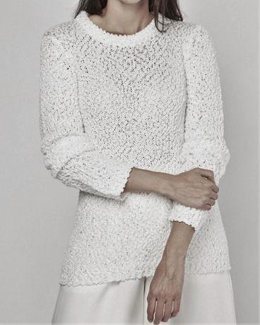Elegancki bialy sweterek cekinowe zdobienia