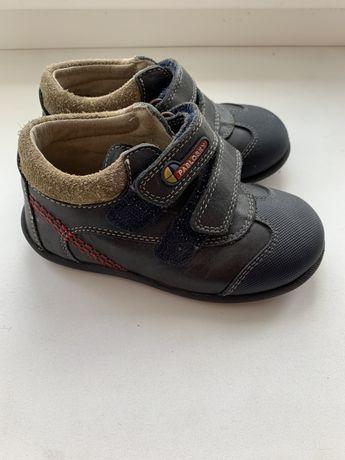 Детские ботиночки-кроссовки,кожаные с ортопед.стелькой 14 см