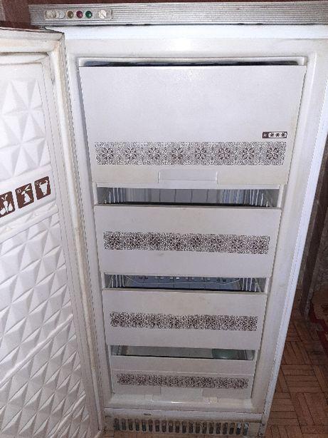 Zamrazarka 160cm 4 szuflady lodowka