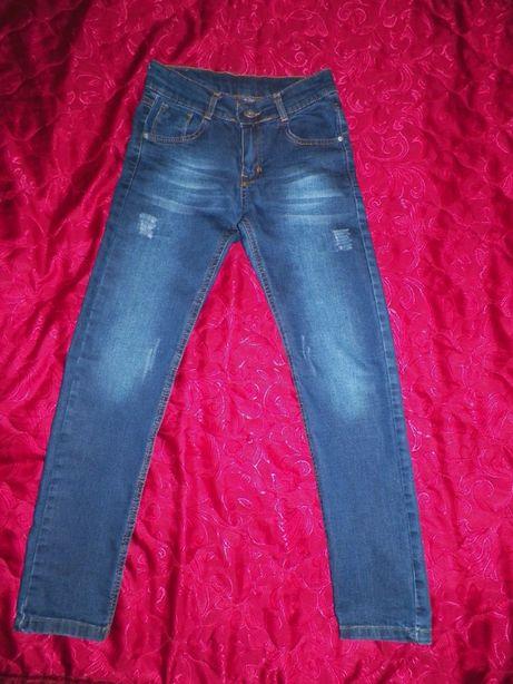 джинсы,брюки,котоновые штаны на мальчика