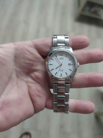 Zegarek Casio bransoletka