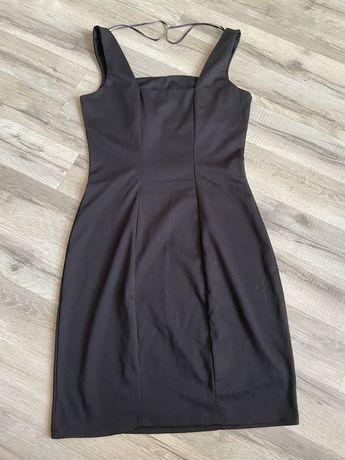 Короткое трикотажное черное платье Calliope 42р