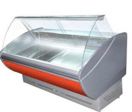 Универсальная витрина Каролина 2.5 ПВХСн Технохолод (холодильная)