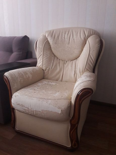 Кресло дерево