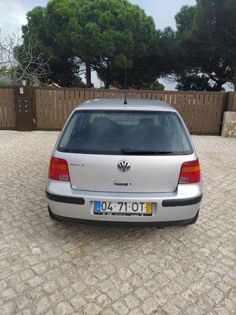 Vendo VW Golf 4 de 2000 1.4 a gasolina