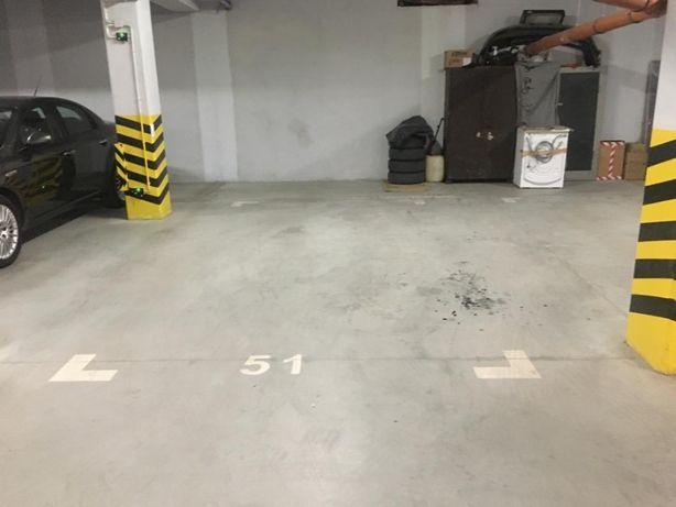 Miejsce w garażu podziemnym