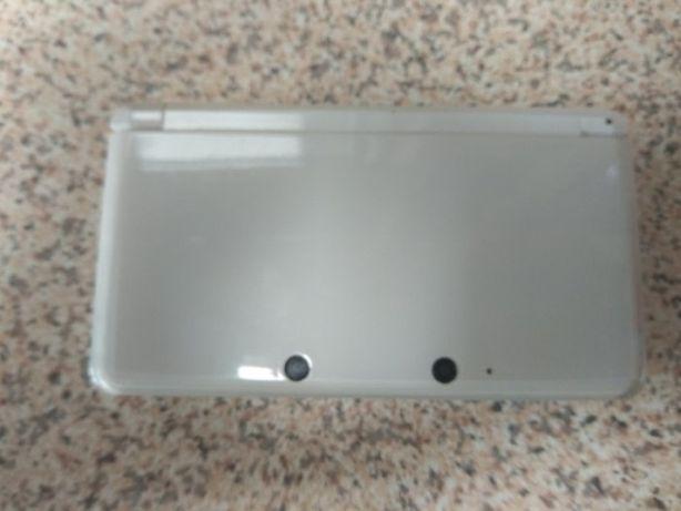 Nintendo 3DS Branca(Desbloqueada)
