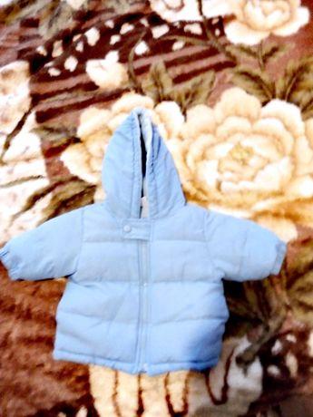Продам курточку зима осень