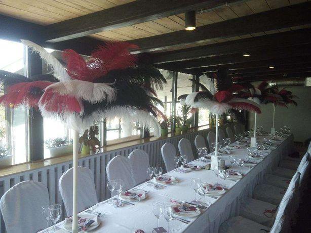 Вазы с перьями для вечеринок в стиле Великий Гэтсби. Чикаго.