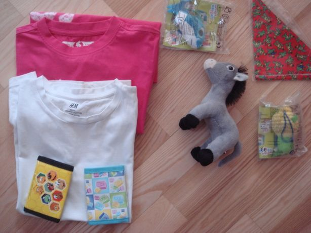 2 koszuki kr rękaw dla dziewczynki 128 oraz gratisy