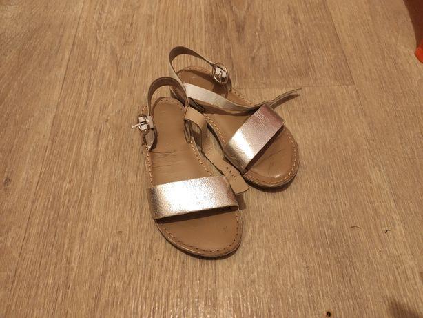 Кожа детские 26-27 босоножки сандали
