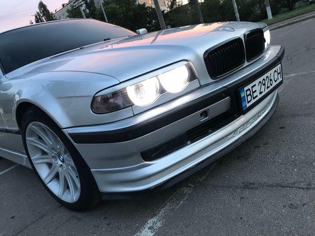 Продам BMW е38 м62б44
