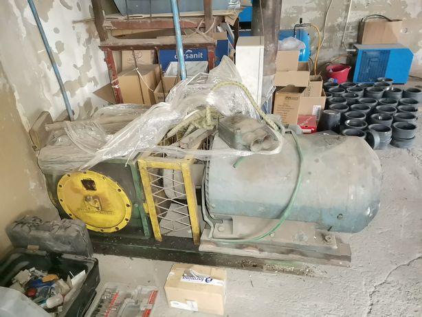 Motoreduktor przekladnia skrzynia biegow do maszyn hansen patent Moc 3