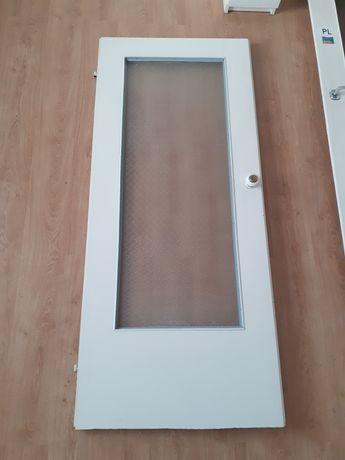 Drzwi wewnętrzne 200x84 2 sztuki