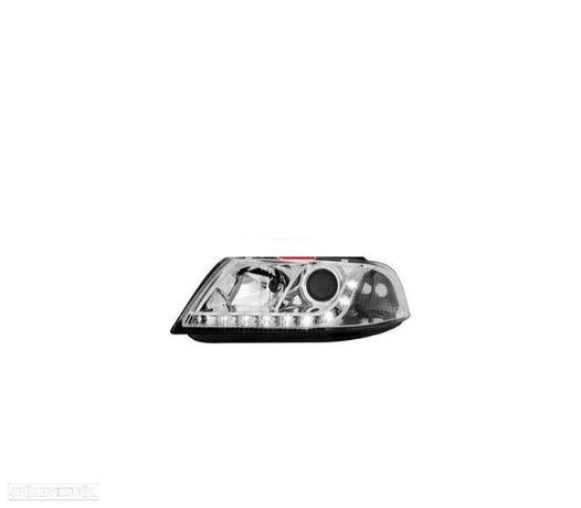 FARÓIS COM LUZ DIURNA LED / VW PASSAT 3GB B5 / 00-05 FUNDO CROMADO