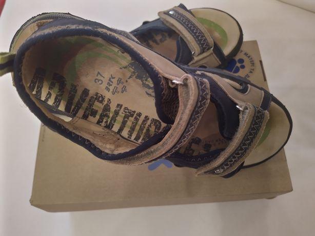 Босоножки, сандалии Bartek