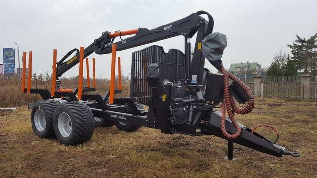 Przyczepa leśna BMF 14T2 z żurawiem BMF 750