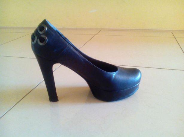Buty z naturalnej skóry