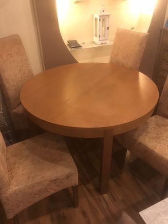 Stół rozkladany plus krzesla