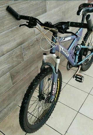 Азимут хамелион , алюминиевый,отличный велосипед!