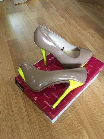Туфли женские торг