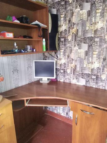 Компьютерный стол!