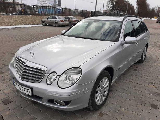 Mercedes. BENZ e 200