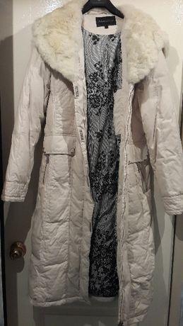 Женское пальто зимнее 2000 р.