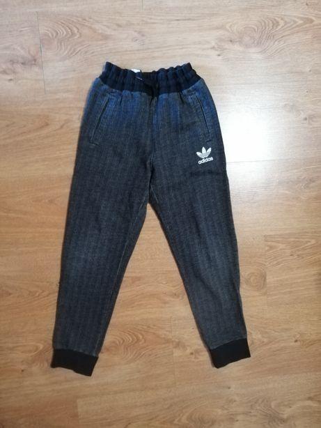 Spodnie Adidas roz 140