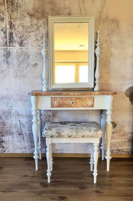 Toaletka biała ze stołkiem , Shabby Chic, prowansalska . Chotomów - image 1