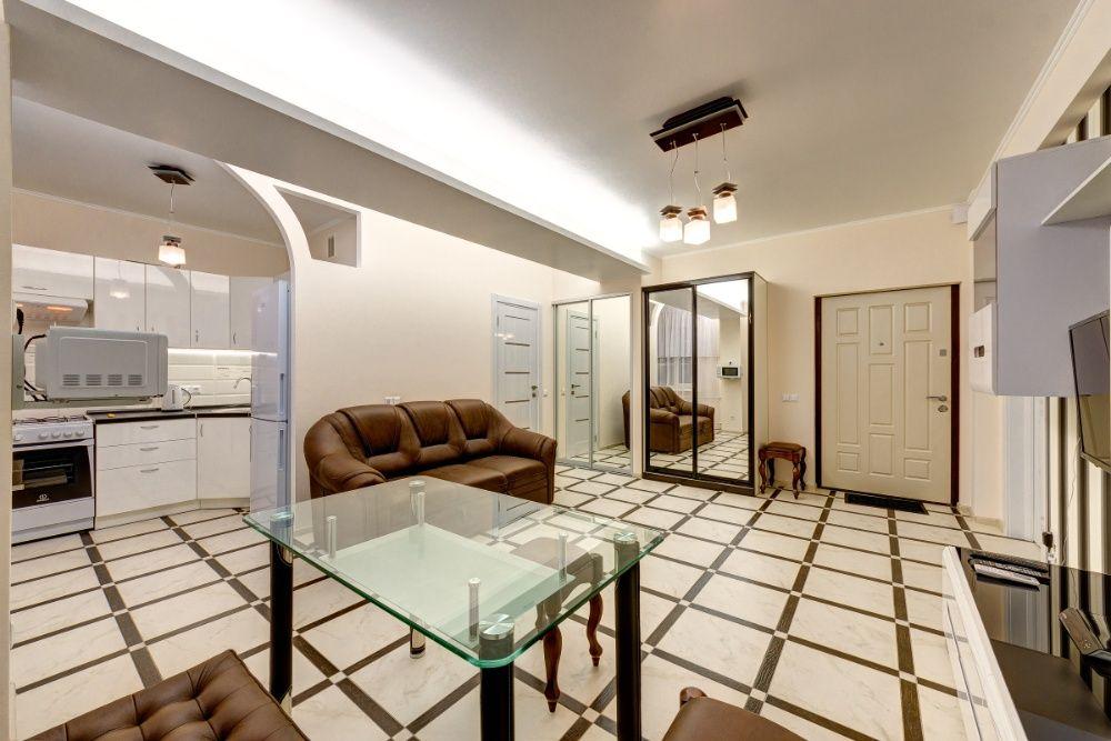 Стильная двухкомнатная квартира на бульваре Леси Украинки, 36-1