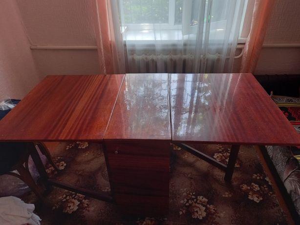 Продається стіл-тумба