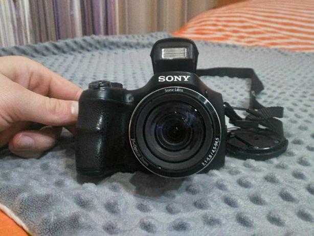Цифровий фотоапарат SONY