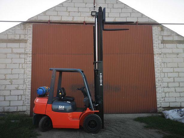 Wózek widłowy TOYOTA 42-7FG25 LPG 2.5t