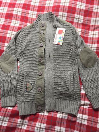 Elegancki sweter dla chłopca 140